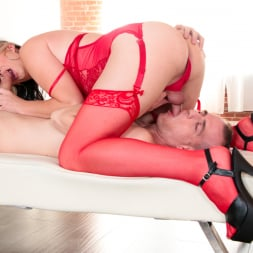 Chloe Wilcox in 'Evil Angel TS' Transsexual Addiction (Thumbnail 110)