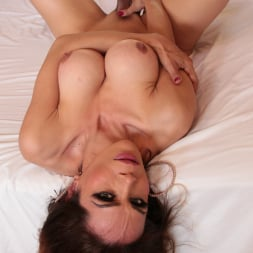 Gabriel D'Alessandro in 'Evil Angel TS' Hot For Transsexuals 4 (Thumbnail 110)