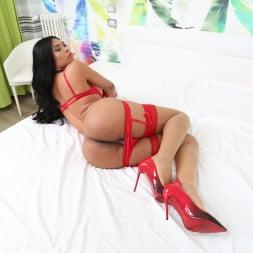 Ingrid Moreira in 'Evil Angel TS' TS Playground 26 (Thumbnail 50)