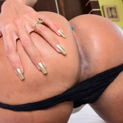 Isabelly Ferreira in 'Evil Angel TS' The Trans X-Perience 6 (Thumbnail 40)
