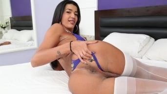 Thaissa Guimaraes in 'TS Playground 25'